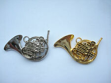 SALE VINTAGE FRENCH HORN BRASS BUGLE CLASSICAL MUSIC BAND METAL PIN BADGE X2 99p