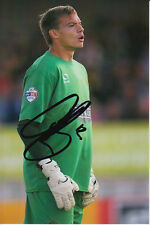 DAGENHAM & REDBRIDGE HAND SIGNED CHRIS LEWINGTON 6X4 PHOTO.