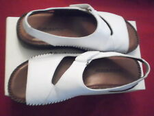 Naturalizer White Leather Women's Shoes Strap Fit 4 U Wedge Sandals Size 9S
