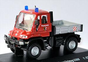 Mercedes-Benz UNIMOG U300 Bomberos Nürnberg Rojo 1:87 Schuco 21845
