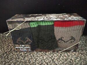 BRAND NEW MEN'S REALTREE MERINO WOOL 3 PAIR SOCKS GIFT BOX FITS SHOE SIZE 9-13