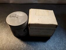 New Wisconsin Motors DB214SP Internal Combustion Piston