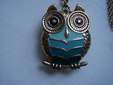 Owl Pendant Necklace Puffy, 3D  in Goldtone & Green with Goldtone Chain Sfera