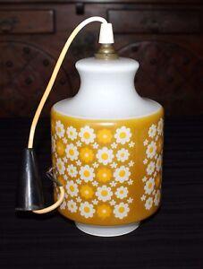 Lustre lampe plafonnier ancien luminaire abat jour en verre opaline vintage
