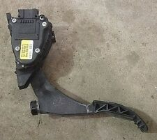 Accelerator Gas Throttle Pedal 98-04 Audi A6 C5 - Genuine - 8D1 723 523 A
