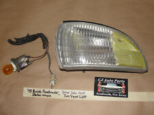 95 BUICK ROADMASTER STATION WAGON LEFT FRONT TURN SIGNAL CORNER PARK LIGHT LENS