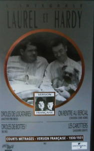 CASSETTE VIDEO VHS - 4 COURTS METRAGES 1931 / LAUREL & HARDY, UNIVERSAL, N&B