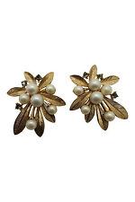 * TRIFARI * Vintage Gold Tone finta perla foglia Orecchino