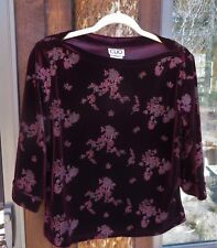 Clio Velour Top Size M Burgundy Floral 3/4 Sleeves Boat Neck Stretch Polyester