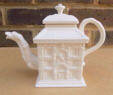 ROYAL CREAMWARE Victoria & Albert Museum Collection Teapot