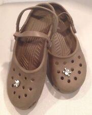 Women's 8 Brown Crocs