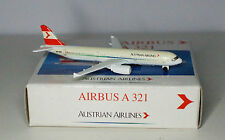Schabak Airbus A321-211 Austrian Airlines   in 1:600 scale