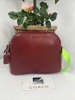 New Coach Cosmetic Bag Red Glove Leather Dome Zip Large M5