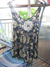 RUMOR BOUTIQUE 100% POLYESTER FUN  PLAYSUIT SIZE 10.