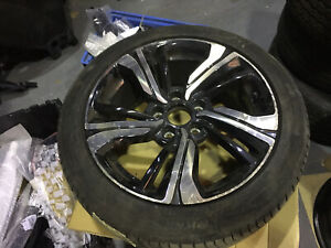 Genuine Honda Civic Alloy Wheel 8j x 17 ET50 17080a With Michelin Tyre 5.9mm