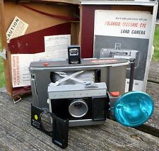 Vintage  INSTANT PRINT Polaroid J66 Land Camera w/Flash & Leather Case