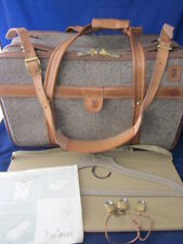 HARTMANN LUGGAGE Tweed 747 OVER SUIT-O-MATIC Belting Leather Trim Shoulder Strap