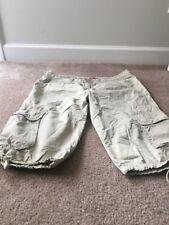 Unionbay Women's Capri Casual Pants Sz 15 Khaki Clothes