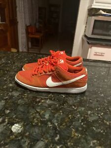 NIKE SB DUNK LOW CHALLENGE RED