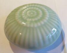 Boite à bijoux ronde en porcelaine vert et blanc