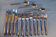 15 PIECES TOWLE LIVING COLLECTION WAVE 18/10 STAINLESS FLATWARE