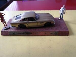 Aston martin DB4 james bond 1958 solido 1/43 cec