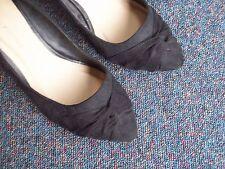 Dorothy Perkins Women's Faux Suede Court Shoes