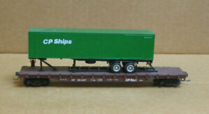 MFG? HO CP Rail 50' Trailer #302407 w/40' CP Ships w/Chassis (see Below)