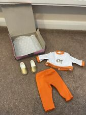 DESIGN A FRIEND Doll Outfit Boxed (29) a