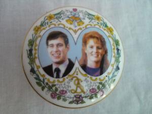 Coalport England Prince Andrew Sarah Ferguson marriage wedding bone china pot