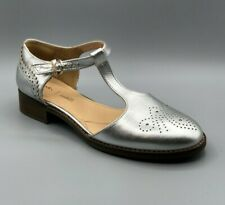 """NEW Clarks """"Netley Daisy"""" Ladies Silver Leather Flat Shoes UK 6.5 D"""