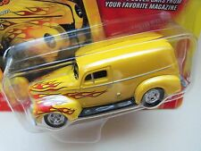 JOHNNY LIGHTNING - ROD & CUSTOM MAGAZINE - 1940 FORD SEDAN DELIVERY HOT ROD