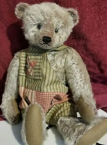 """MARY GEORGE MOHAIR BEAR """"CLOVE"""" 17 INCHES FULLY JOINTED WITH ROMPER NR"""