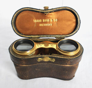 TRAUB & CO, DETROIT and LEMAIRE, PARIS Mother-of-Pearl and Gold Opera Glasses