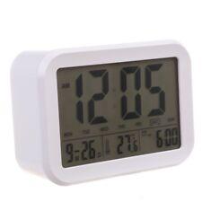 Digitaler Wecker, Sprechende Uhr Mit 3 Weckern 7 Klaenge Optionaler Wochent E3S5
