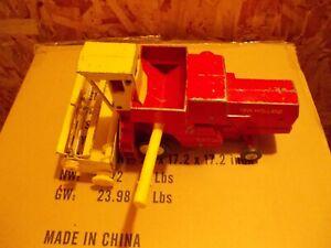New Holland Sperry Rand Combine VINTAGE Ertl Toy 1/24 Original metal reel