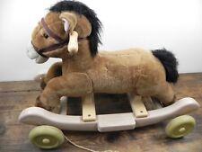 Cavallo a dondolo con ruote gioco per bambini cavalluccio di peluche rotelle