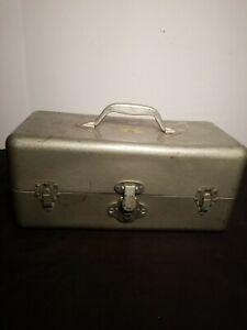 "Simonsen Metal Products ""NIKI"" Vintage Metal Tool or Tackle Box"