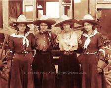 OLD WEST COWGIRLS VINTAGE PHOTO STAGECOACH HATS BANDANAS c1900  #21040