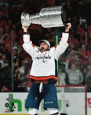 ALEX OVECHKIN 2018 STANLEY CUP CHAMPS WASHINGTON CAPITALS UNSIGNED 8x10 Photo