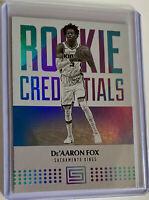 DE'AARON FOX 2017-18 Panini Status Rookie Credentials RC #16 Sacramento Kings