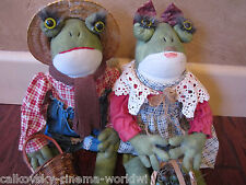 Vintage Mrs & Mrs Froggy Doll frog pair matching set