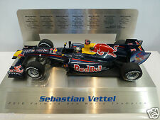 Minichamps 1:18 - Sebastian Vettel 2010-Red Bull F1 GRAND PRIX LEGENDS Display