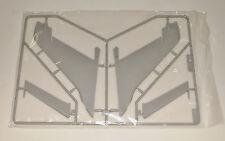 TRUMPETER F-105D THUNDERCHIEF 02201 PARTS *SPRUE D-TAIL & RUDDER* 1/32