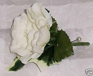 beautiful 5 x ivory open rose & ivy leaf buttonhole wedding flowers bouquet