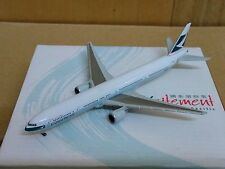 1/500 CATHAY PACIFIC AIRWAYS B777-300 B-HNG