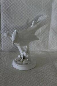 Large 18cm White Blanc de Chine Crown Staffordshire Jay Bird Figurine