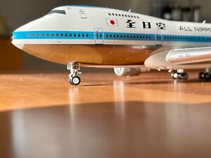 Very rare! 1:200 ALL NIPPON AIRWAYS 747-SR 81 'Mohican livery' - Polished!