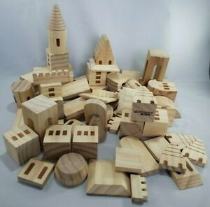 Discovery Kids Wood Castle Building Blocks 62 Pcs Set Medieval Knights Princess