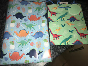 CUTE Dinosaur Wrapping Paper 3M X 69cm & Free Gift Bag Included